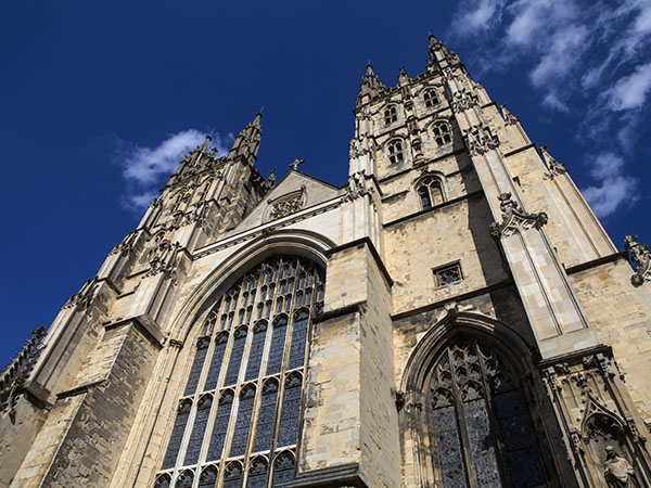Discover London - Canterbury Cathedral & Leeds Castle