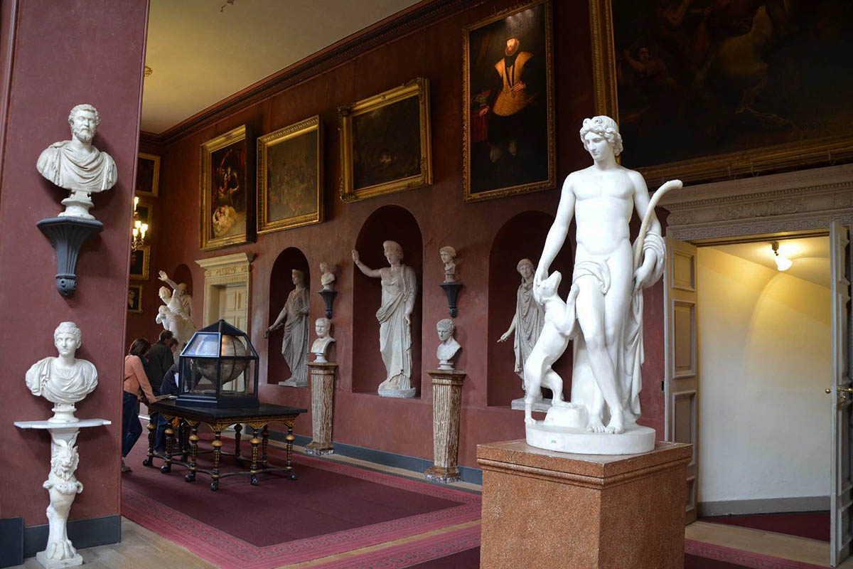 Discover London - Day Tours from London - Petworth House