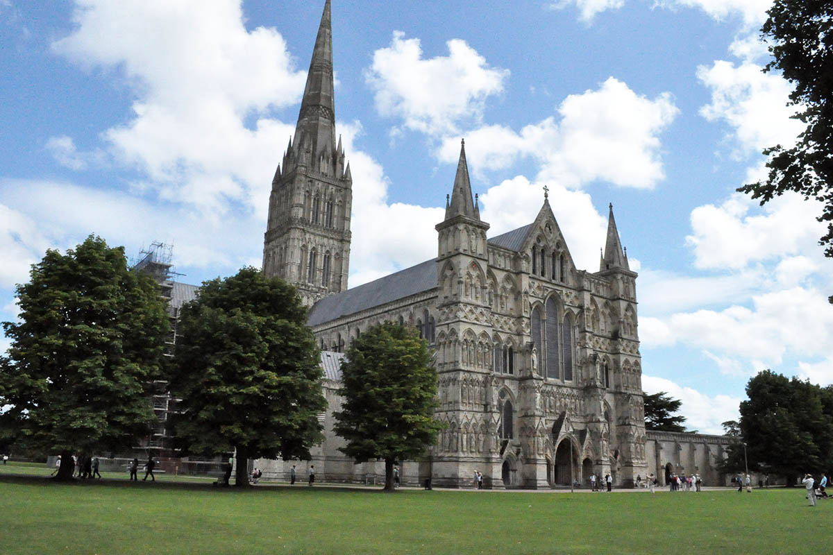 Discover London - Day Tours from London - Salisbury Cathedral