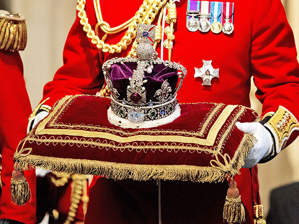 Discover London - Private Viewing of the English Crown Jewels