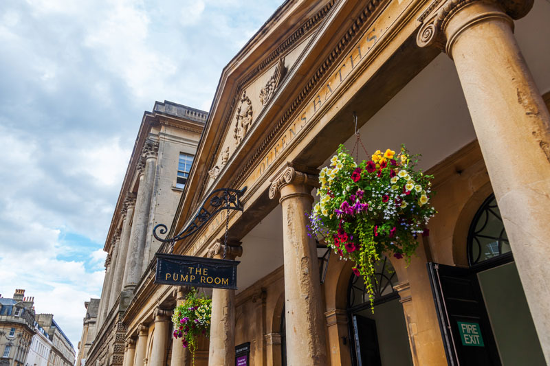 Discover London - Day Tours from London - Highclere Castle